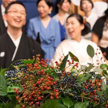会場装花はお花よりも植物や実をメインに