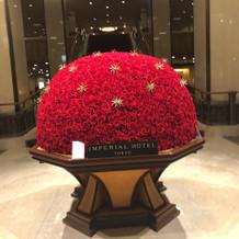 正面玄関装花