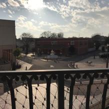 教会から見た広場です。