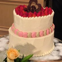 ケーキも会場の雰囲気にあわせました。