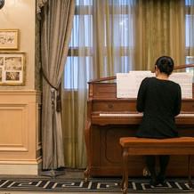 グランドピアノが使用できずこのタイプで。