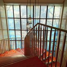 階段。ベネチアグラスだそう。