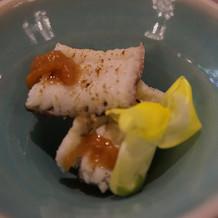 一番最初に出てきた魚料理。上品な味でした