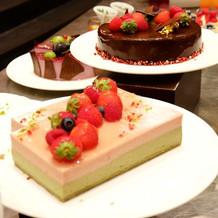 ケーキバイキングのデザート