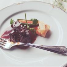 フィレ肉のステーキとフォアグラ