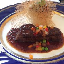 人気の牛フィレ肉とフォアグラ大根