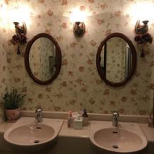 広さもあって使いやすいトイレ