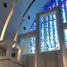 青い聖堂です