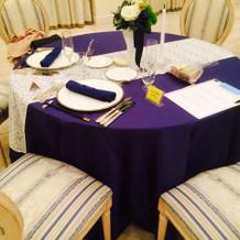 ゲスト用のテーブルです。