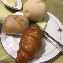 パンは食べ放題