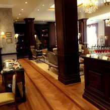 特に待ち合い室はカフェのよう!