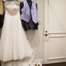 ドレスとタキシード
