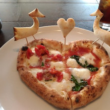 釜でやいたピザ