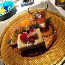 デザート。ウエディングケーキ