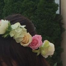 披露宴では花冠をかぶりました。