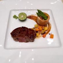 国産牛フィレ肉のポッシェ。