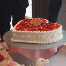 ハート型のケーキが可愛い。