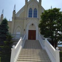 外から見た教会