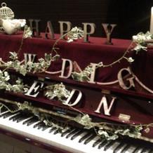 エントランスのピアノ