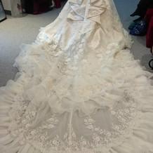 試着 白 本番で着用ドレス