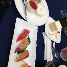 締めのお寿司とデザートビュッフェ