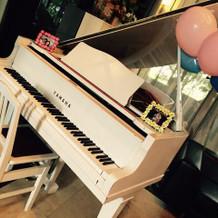 ロビーのウェルカムスペースにピアノ♪
