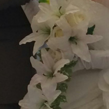 ウェディングドレスのブーケ