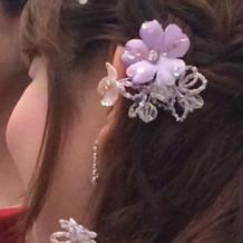 カラードレス付属のヘアアクセ
