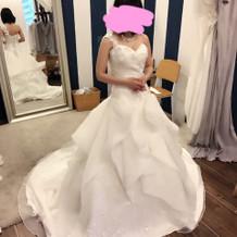 検討したドレス2。Aライン。