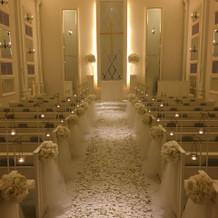 結婚式ぽい挙式場