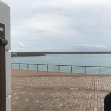 式場からの海です。