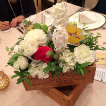 テーブル装花。