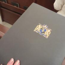 チャペルのブックレット(表紙が豪華です)