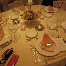 ゲストテーブルのコーディネート。
