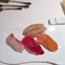 演出のお寿司