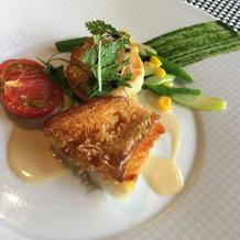 魚は美味しい、付け合せの野菜がイマイチ
