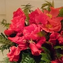 お花もハワイアンでした