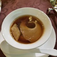 ふかひれと茸色々のスープ