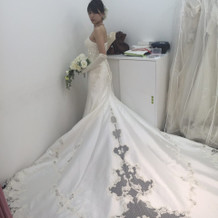 ウェディングドレス。