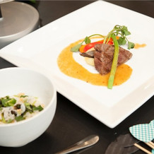 仙台牛のステーキ!!すっごく美味しいです