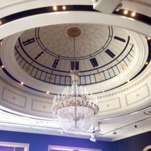 天井もすごい