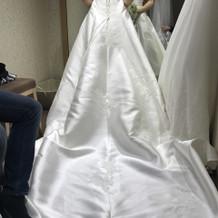 新作のドレスでした