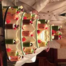 ロールケーキのウェディングケーキ