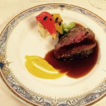 肉料理は2品からチョイス