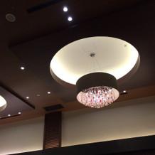 披露宴会場照明