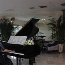 友人ピアノ演奏