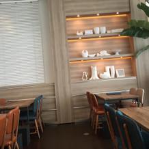 打合せスペースはカフェのような雰囲気