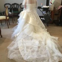 白ドレスは種類が豊富