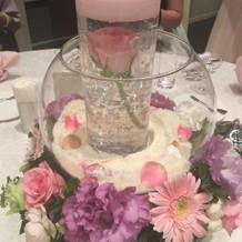 披露宴会場の装花も想像通りになりました!
