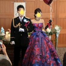 蜷川実花のドレスで再入場